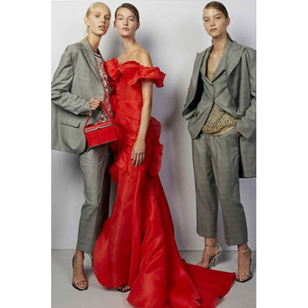 Модерните дамски костюми