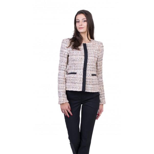 Inisess – производител на официални дамски дрехи