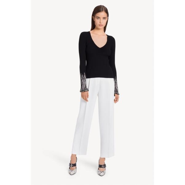 Дамска блуза – Най-добрият избор за всякакъв повод!