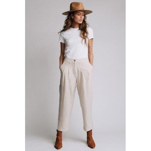 Модерните дамски ленени панталони