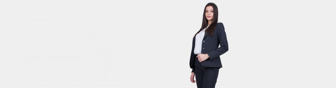Кога гардеробът ви трябва да съдържа офис костюми – дамски и елегантни?