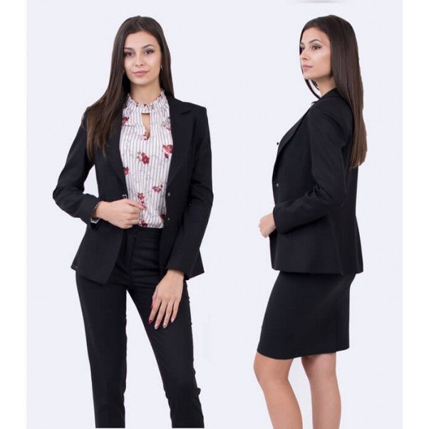 Магазини за дамски костюми в София – как да открием подходящият за нас?