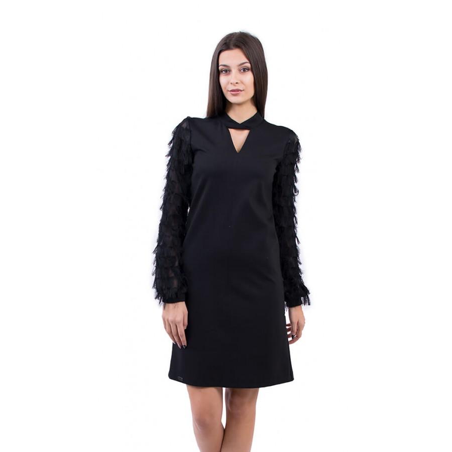 Дамска черна рокля с дълъг ръкав и дължина до коляното R 18580 / 2019