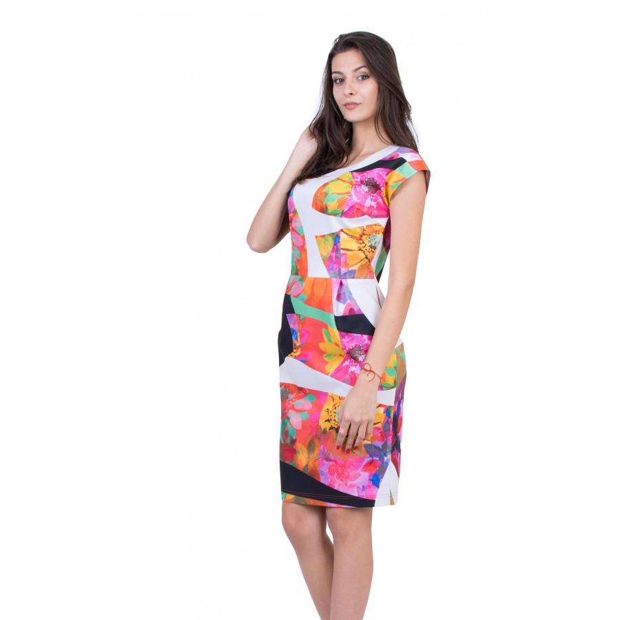Дамска рокля с модерен дизайн R 19237 / 2019
