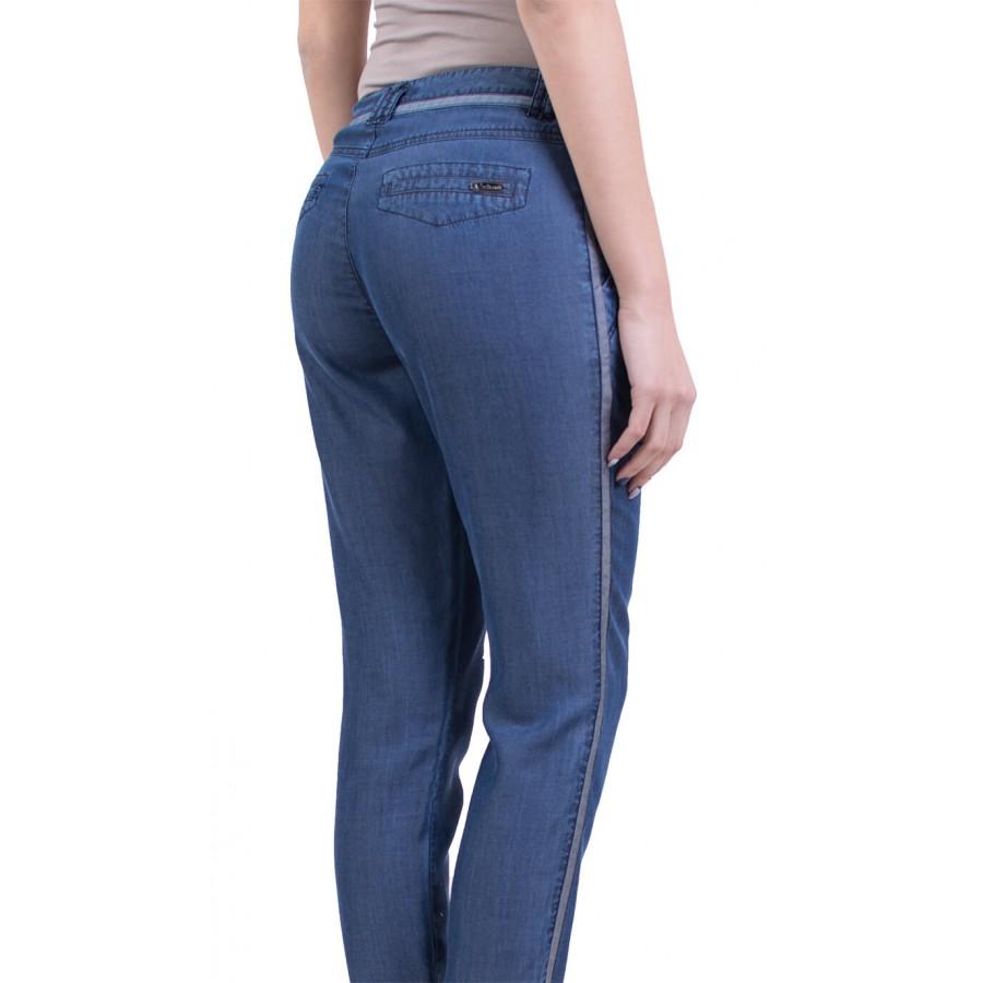 Дамски Панталон с Кантове от Летен Дънков Плат N 16104 A