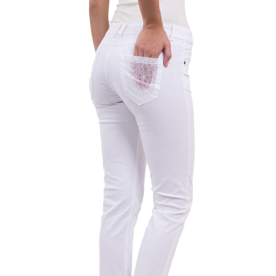 Модерен, летен дамски панталон с дантела, от памук с еластан N 18167 A