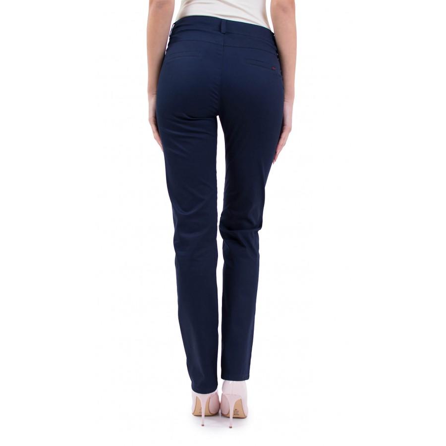 Дамски спортен панталон тъмно син от памучен плат N 19132 / 2019