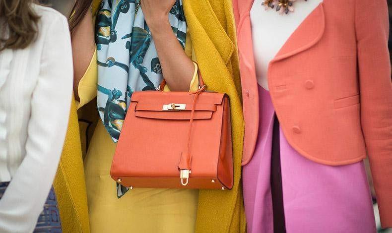 Какво символизира дамската чанта?